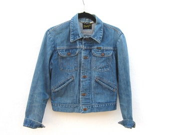 Wrangler Light Denim Jacket Made in USA Mens size 36 XS, Ladies S