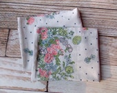 Vintage Pillowcase Set / Pretty Dotted Floral / Vintage Pillowcase