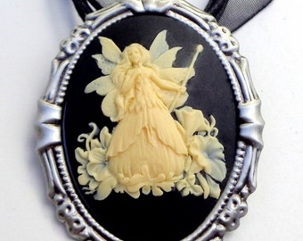 Cameo Brooch/Pendent, Fairy Princess, Ivory and Onyx Black Resin Cameo, Gunmetal Frame