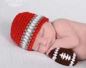 Newborn Football Photo Outfit - Newborn Boy Photo Prop -Custom Baby Football Set - Baby Boy Crochet Oufit - Infant Prop - Infant Crochet Set