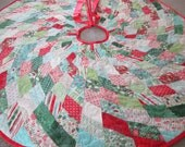 Modern Christmas Tree Skirt, Quilted  Tree Skirt, Christmas Decoration, Christmas Decor