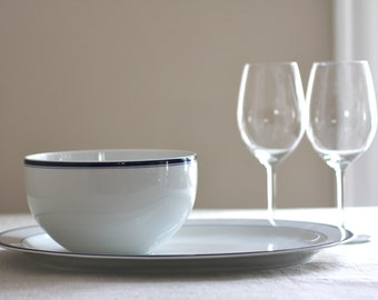 Vintage Crate and Barrel bowl and platter with blue rim