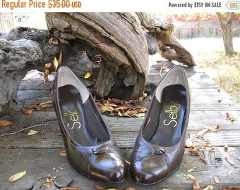 BEAUTIFUL MADMEN AUTUMN  Brown Selby Stilettos Circa 1960s Made in America Fab Condition Size 7 B
