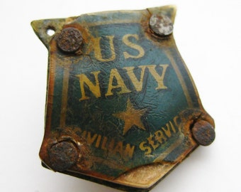 Vintage 40s WWII US Navy Civilian Service Celluloid Pin Badge