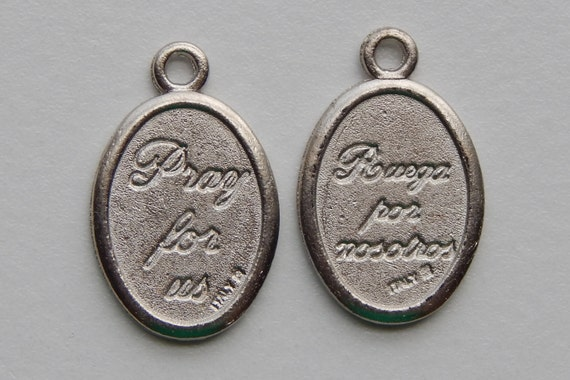 5 Patron Saint Medal Findings - Double Pray & Ruega, Die Cast Silverplate, Silver Color, Oxidized Metal, Made in Italy, Charm, RM909