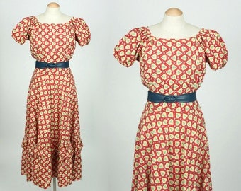 vintage 1940s dress • red cotton HEARTS and posies puff sleeve dress