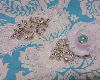 white Wedding Garter set  , stretch lace garter, crystal, rhinestone, white flower, blue pearl