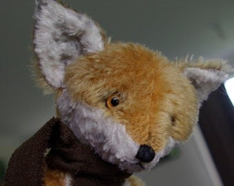 Hampton Bears, Finian Fox, antique style mohair jointed