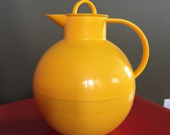 CARAFE - ALFI by ole PALSBY - Denmark - Yellow - made in Western Germany - plastic - insulated - screw top