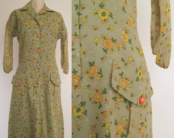 40% OFF 1970's Pea Green Floral Vintage Wiggle Dress