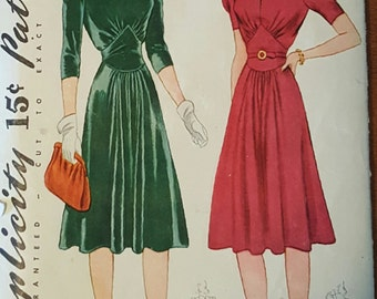 1940 Punched Simplicity Pattern 3516 Size 14 bust 32 Misses' dress pattern (P176)
