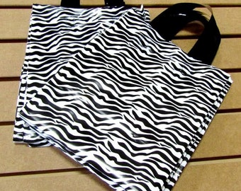 ZEBRA Print 20 Pack Frosted Soft Loop Handle Bags (8 x 10 in.) // BOUTIQUE CHIC //
