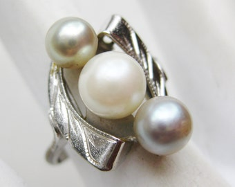 Vintage Ring Sterling Silver Japanese Akoya Pearl Ring size 6 1/2