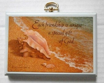 1982 Hallmark Cards Wall Plaque, Beach Scene, Seashell, Conch, Each Friendship Is Unique - A Special Gift Of God