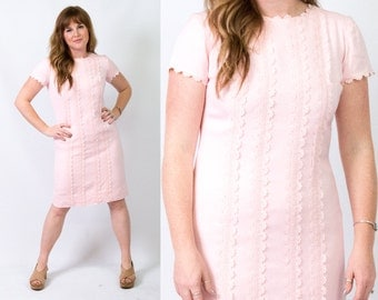 60s Vintage Powder Pink Linen Shift Dress w/ Lace * Pastel Short Sleeve 1960s * Size Medium * FREE SHIPPING