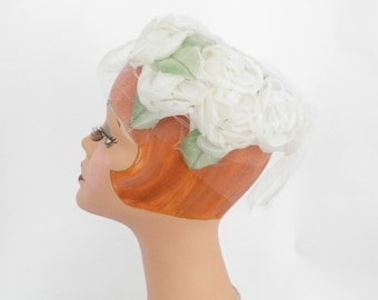Vintage bridal hat, 1960s white roses, excellent