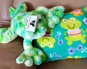 FROGGY LOVE Aaahhh Soft Fluffy Dog Pillow