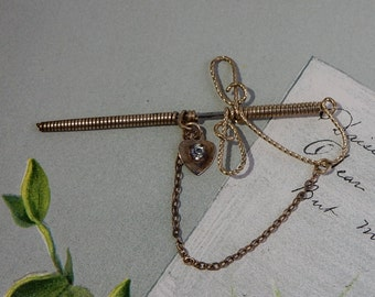 Vintage Twisted Wire Sword Stick Pin Brooch    NAZ3