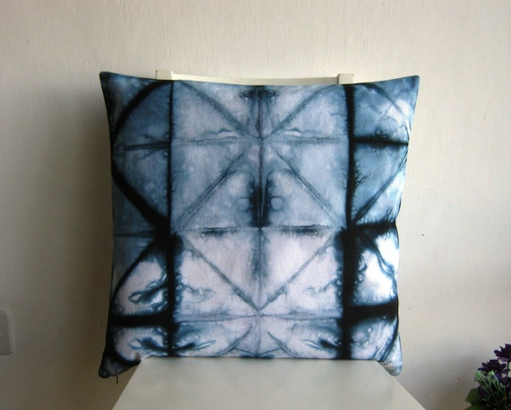 20 x 20 shibori pillow cover in indigo navy blue. Black Bedroom Furniture Sets. Home Design Ideas