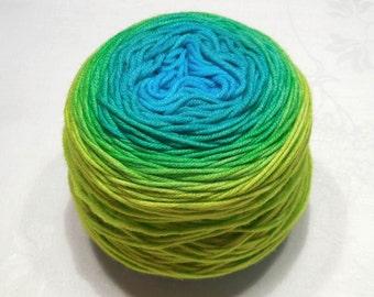 Pearl 250 - Gradient yarn extrafine merino yarn DK weight wool handdyed yarn 97-98g (3.4-3.5oz) - Spring breeze