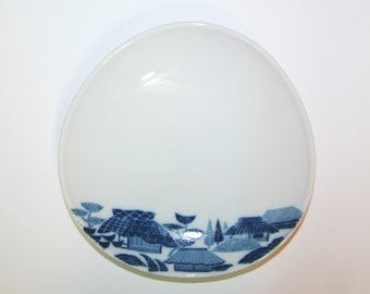 Vintage Blue and White Asian Town Finger Bowl Serving Dish Trinket Tray