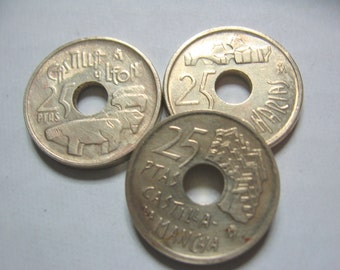 Vintage Spanish Pesetas Coin Lot SPAIN 25 PTAS- 3 Different Pretty Goldtone Coins For Great DIY Jewelry 1994, 1995, 1996