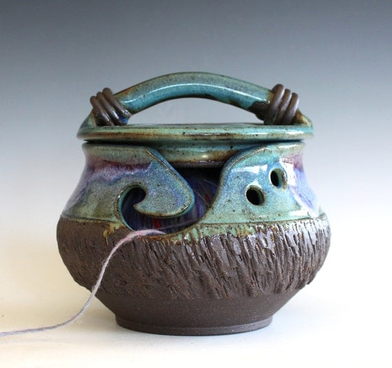 Yarn Bowl, Kitty-Proof Yarn Bowl, cat yarn bowl, ceramic yarn bowl, knitting bowl, yarn holder