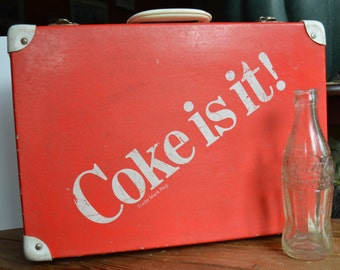 Vintage Coke Carry Case Cooler Suitcase Made in Italy – COKE IS IT! Lined with Foam
