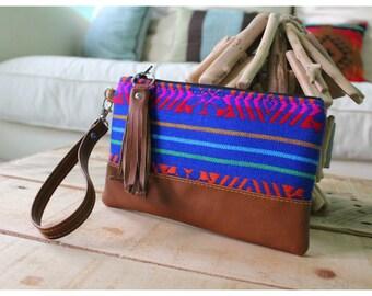 On the go wristlet - wristlet - Mexican wristlet - mexican wristlet bag - Leather wristlet - mexican fabric - bright color bag