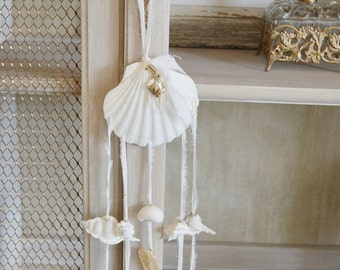 Seashell Wind Chime Wall Hanging - Scallop Shell
