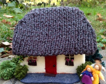 Cotswold Fiber Art Doll House with Funiture and Family
