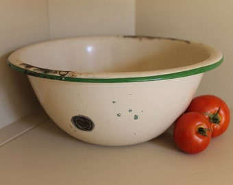 "Vintage Green and Tan Enamelware Bowl, 11"" Enamel Bowl, Vintage Enamelware"