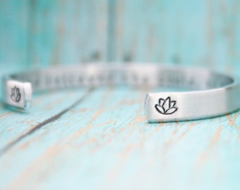 Bracelet Skinny Stacking Hand Stamped Jewelry Cuff She Believed She Could So She Did Inspirational Secret Message 12g Aluminum Silver Metal
