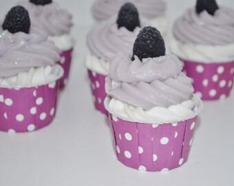 Black Raspberry Vanilla Cupcake Bath Bomb