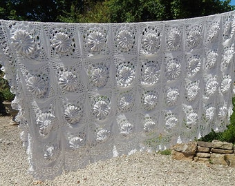 Vintage French Hand Crocheted Bed Coverlet with Sunflower Pattern