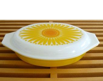 Mid-Century Mod Pyrex Sunflower Divided Casserole Dish Flower Power