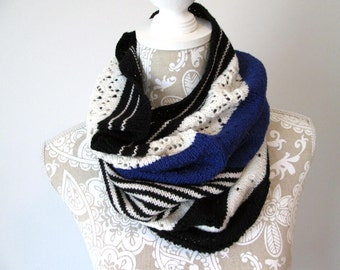 Black, Blue and White Cowl