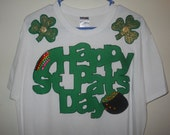 St Patrick's Day Ladies T-shirt Size Large White Happy St. Pat's Day, a Rainbow & Pot of Gold