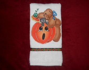 Halloween Appliqued Hand Towel Pumpkin Towel Cat Towel Hand Painted Halloween Towel Bathroom Towel Kitchen Towel Halloween Decoration