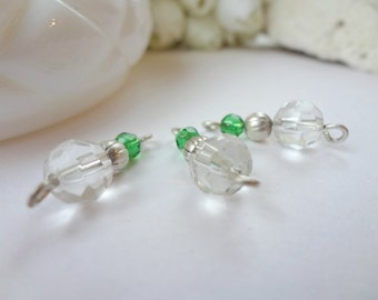 6 Beaded Link Connectors / Vintage Links / Glass Beads / 19 mm Links / Green Clear Silver Pieces / Double Link Connector (4)