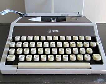 Vintage Portable Manual Typewriter - Royal Mercury Typewriter with Case - Retro Travel Compact All Metal Quality Petite Typewriter