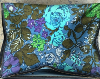 Vintage Suitcase. Blue Suitcase. Blue Flower Suitcase. Flowers. Small Suitcase.