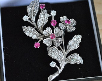 Vintage - Jewellery Brooch - Silver - Saphire - Red - White - Floral - Flower