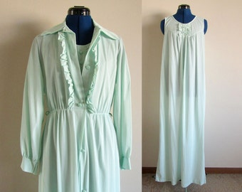 Mint Green Vintage Nightgown with Robe, Size 36