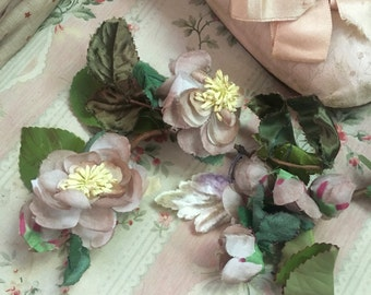 Vintage Millinery Large Flower Stem Dusty Pink Buds Velevt Leaf Flowers