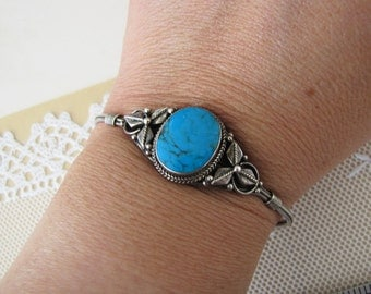turquoise Sterling Silver cuff bracelet for small wrist (6 to 6.75 inches)