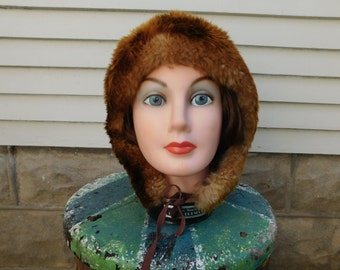 Vintage Sheepskin Lambswool Winter Hat Made in Italy