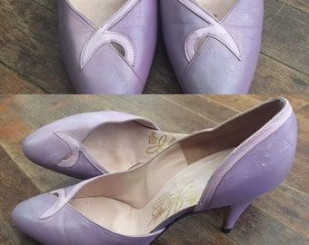 FREE SHIPPING// lilac lavender purple heel//made in the USA