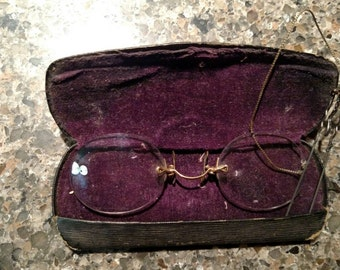 Antique Pince Nez Rimless Glasses with a Hair Pin - French with Case 1800's