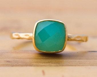 WINTER SALE - Green Chrysoprase Ring - Gemstone Ring - Stacking Ring - Gold Ring- Cushion Cut Ring